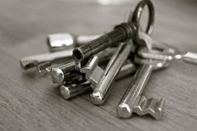 Como fazer um contrato de locação: dicas e cuidados na hora de elaborar o documento
